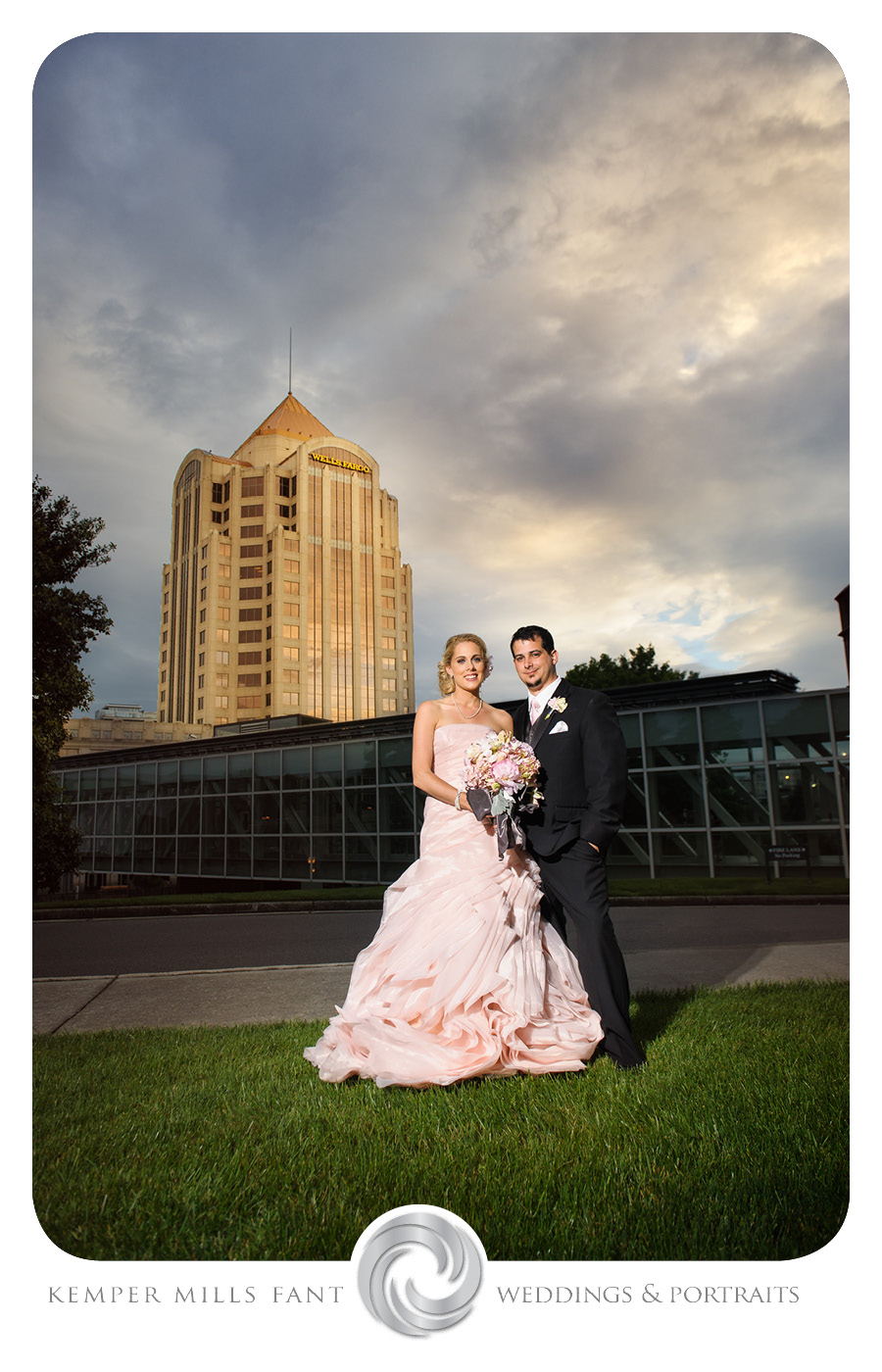 Hotel Roanoke Wedding Photographer Kemper Mills Fant